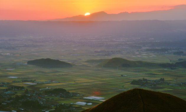 阿蘇-カルデラ -aso global geopark- photo@eaf910-